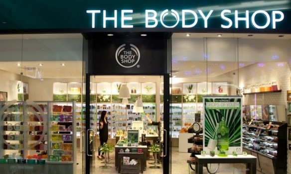 THE-BODY-SHOP-CELEBRATES-NEW-BOUTIQUE-AT-LENOX-SQUARE20